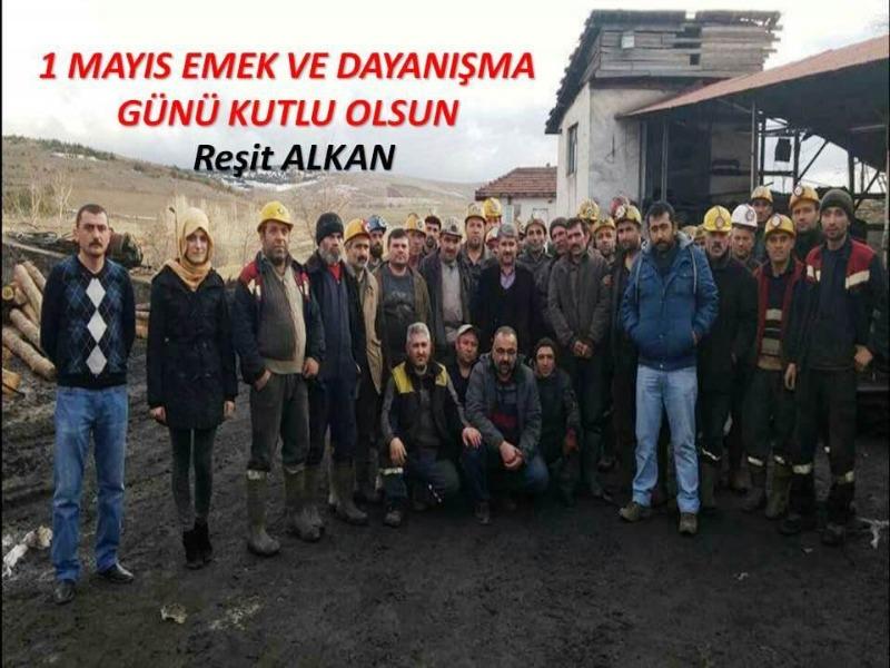 Yardım sever iş adamı Reşit Alkan 1 Mayıs'ı kutladı