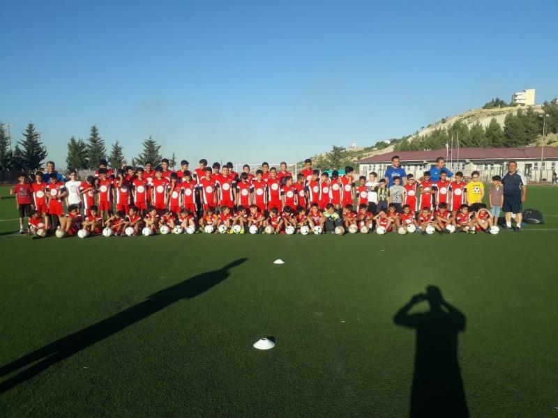 Besni Akınspor yaz okulu yaz şenliğine dönüştü